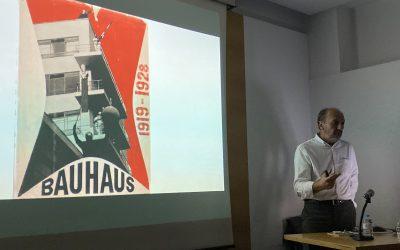 """Conferencia.""""Bauhaus la arquitectura con objetivo"""""""