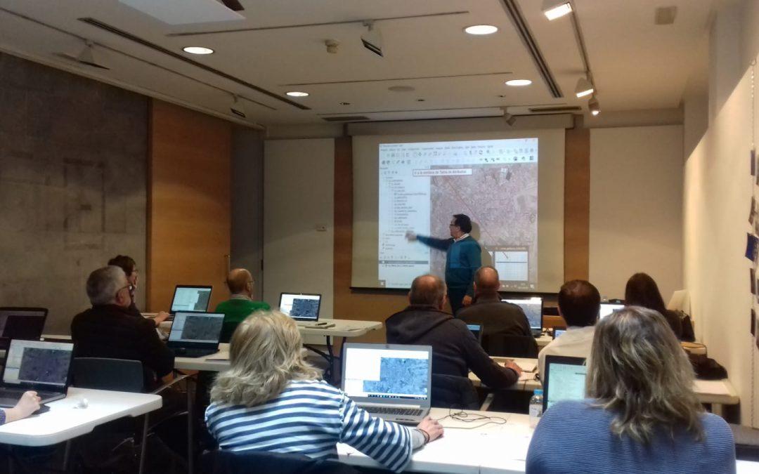 Curso de sistemas de información geográfica con QGIS